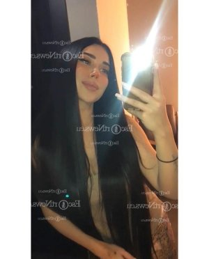 Mai-li shemale independent escort in Orcutt California