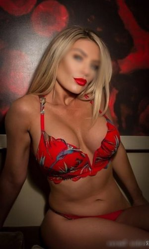 Meya shemale escort girl in Easton