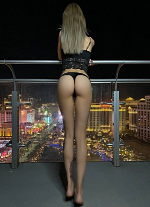 Marie-luz escort girl