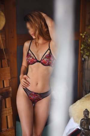 France-lise escort in Oakleaf Plantation