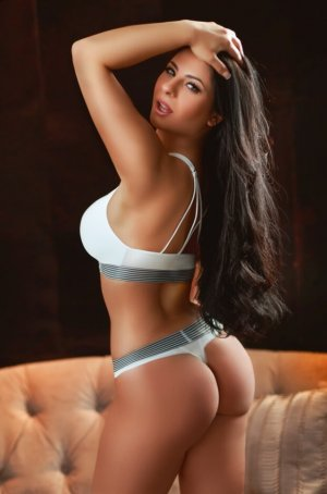 Mauricienne incall escorts